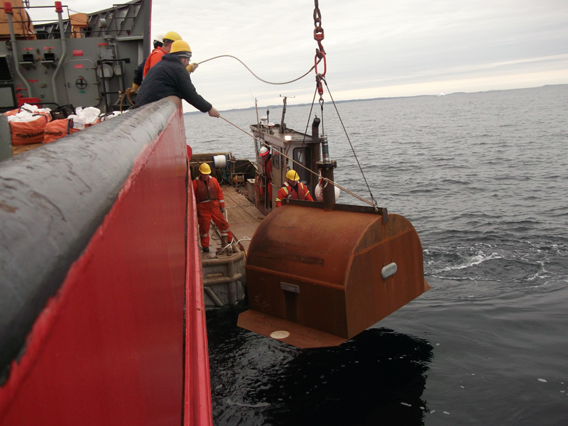 Replacement cofferdam at the Manolis L site, 2014