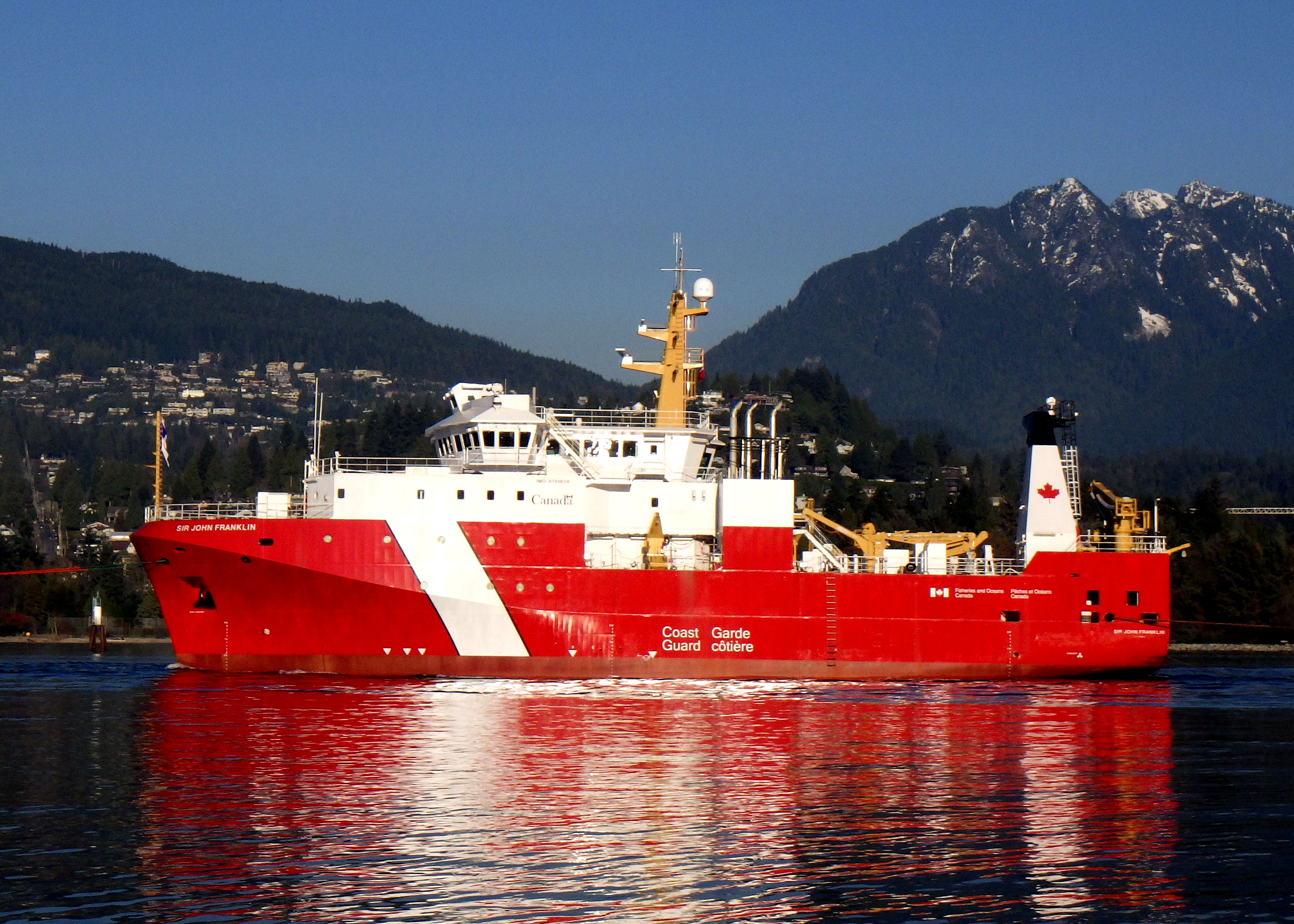 Sir John Franklin under tow Vancouver