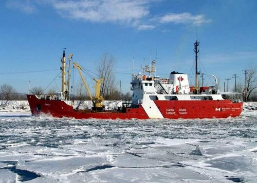 Tracy 2 (5x7) in ice - seaway